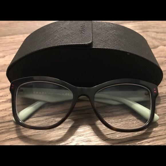 442d6985c Authentic Prada Cat Eye Sunglasses w/original case